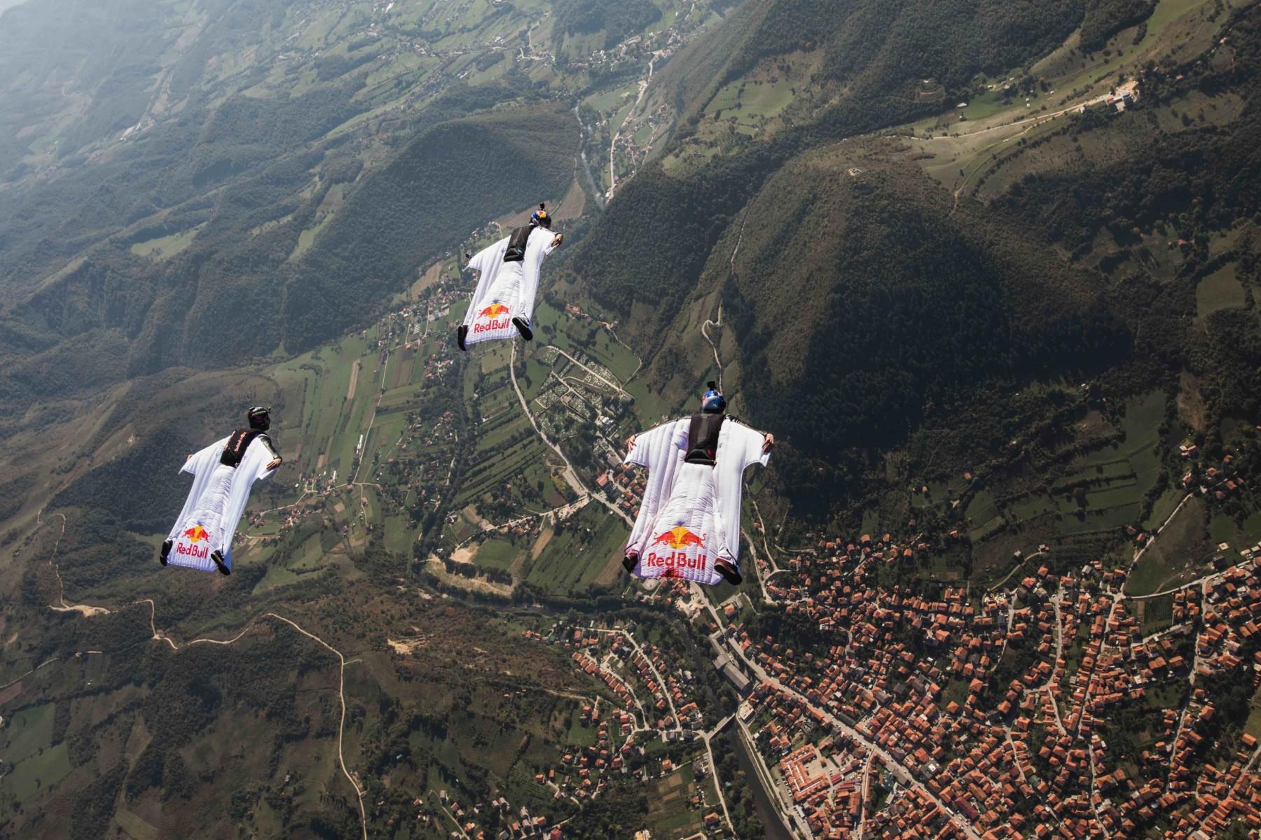 Red Bull Skydive >> Bosnian Pyramids