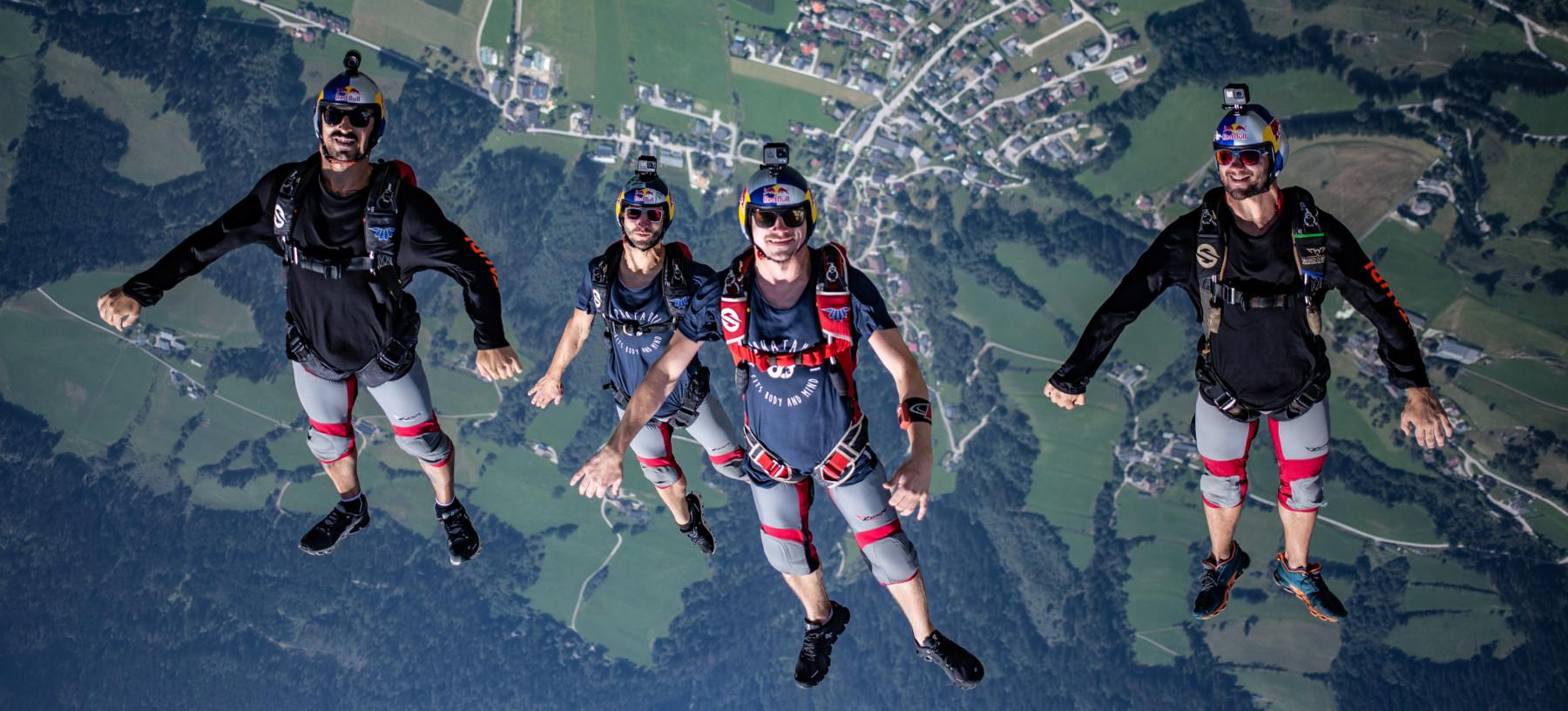 Red Bull Skydive >> Red Bull Skydive Team
